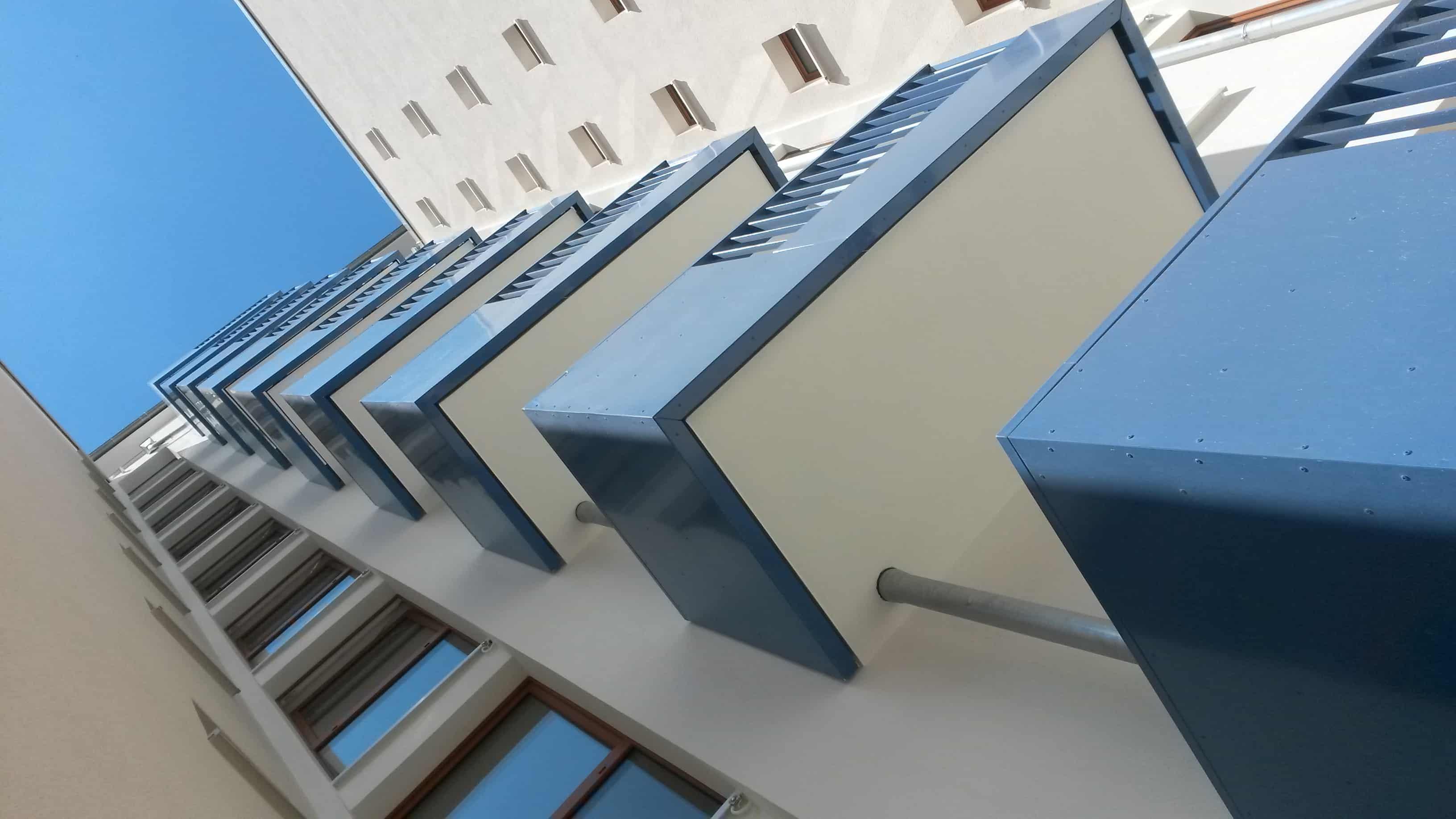 Balkonbrüstung für die komplette Hauseinheit